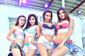 BKK Big Motor Sale 'Sexy Car Wash':2015年8月